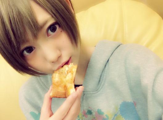篠崎こころ__kokoro777pp_さん___Twitterの画像_動画