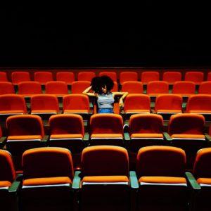 観劇にオススメの服装