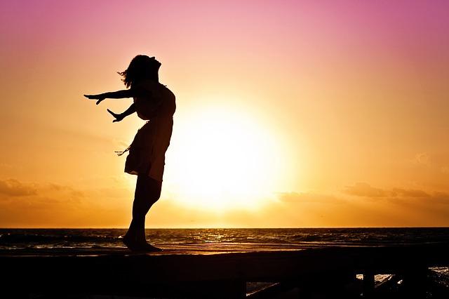 呼吸法の効果|自律神経やリラックス・ストレス改善にも役立つ!